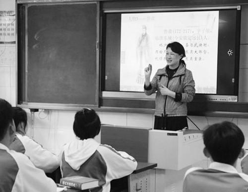 痴情守护33年的特教老师张俐:生命和失语孩子紧相连