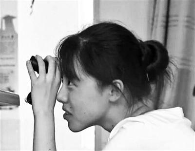 """江苏""""望远镜女孩""""高分考上人大"""