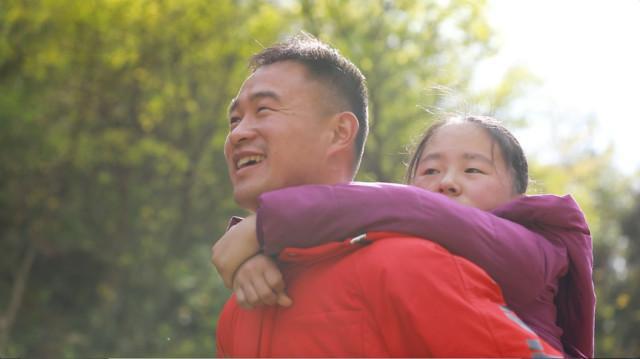袁辉:青春献给大山里的孩子